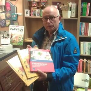 Book and Tea 2015 10